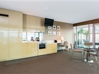 Executive Suite - Mantra Bell City