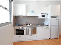 2 Bedroom Apartment Kitchen - Mantra Quayside