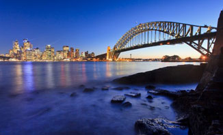 Enjoy Sydney's thriving nightlife