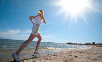 There are plenty of great ways to stay fit and healthy on holiday.