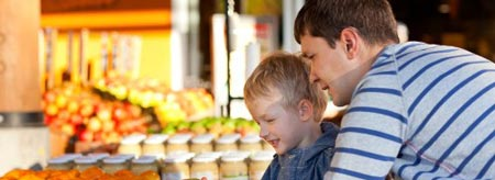 Show your children a whole new world of fresh produce this summer at a Tropical North Queensland farmers market