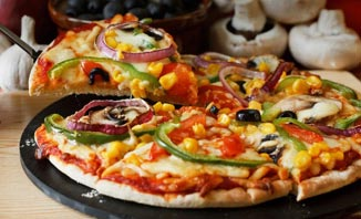 Pizza is just one of the delicious meals you'll find in Kingscliff.