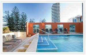 2 bedroom apartments Mantra Broadbeach on the Park