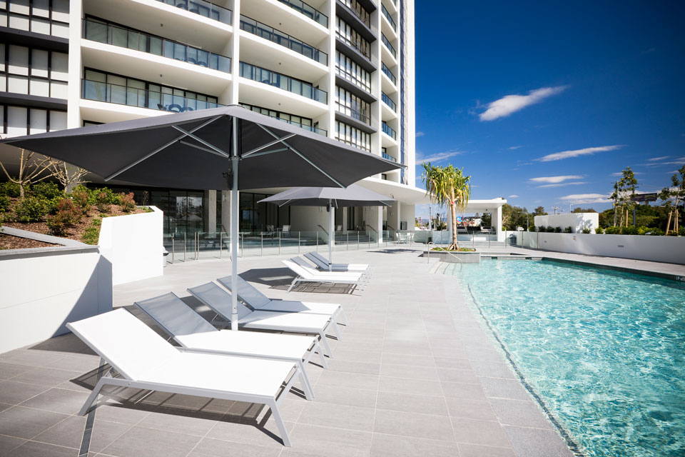 Facilities mantra sierra grand for Pool design gold coast