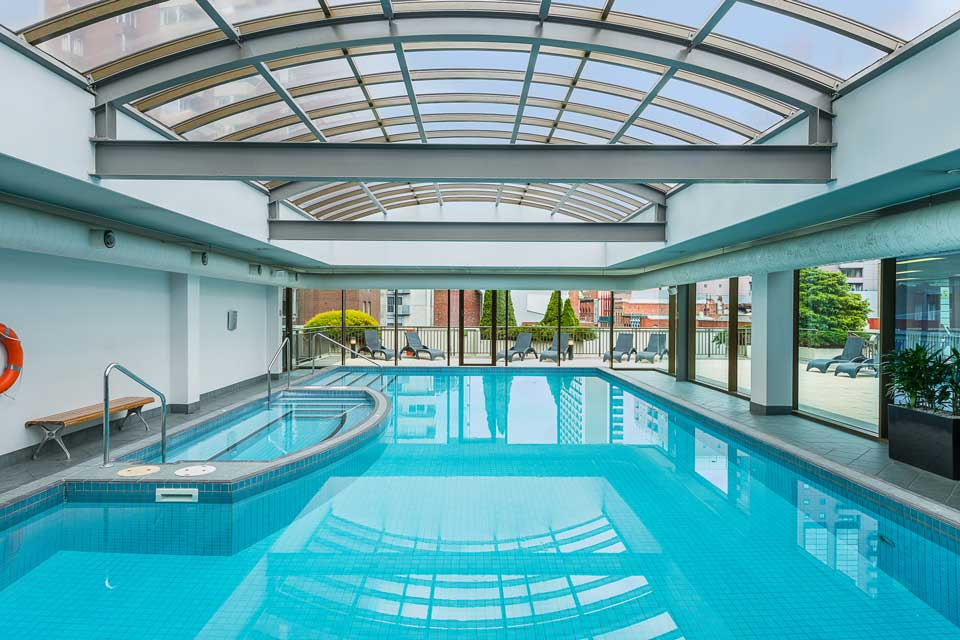 Mantra on Russell Indoor heated pool, spa and sauna