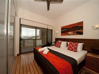 2 Bedroom Apartment - Mantra Boathouse Apartments