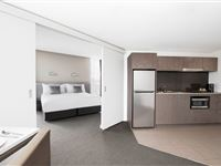 1 Bedroom Executive Apartment - Mantra on Collins Hobart
