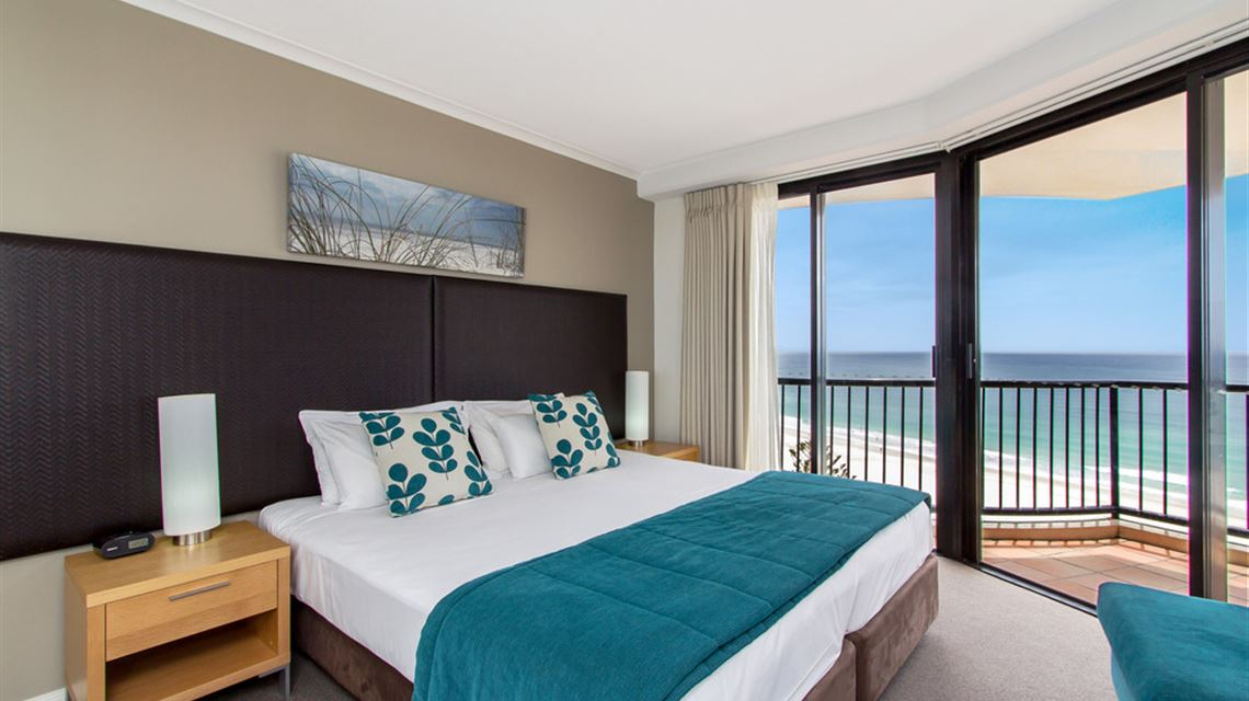 Mantra Coolangatta Beach - Coolangatta Accommodation