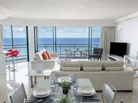 3 Bedroom Ocean Apartment - Mantra Crown Towers Surfers Paradise