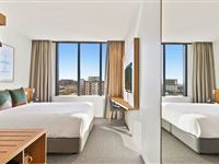 Studio King Urban View - Mantra Hotel at Sydney Airport