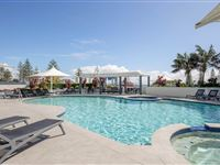 Swimming Pool - Mantra Mooloolaba Beach